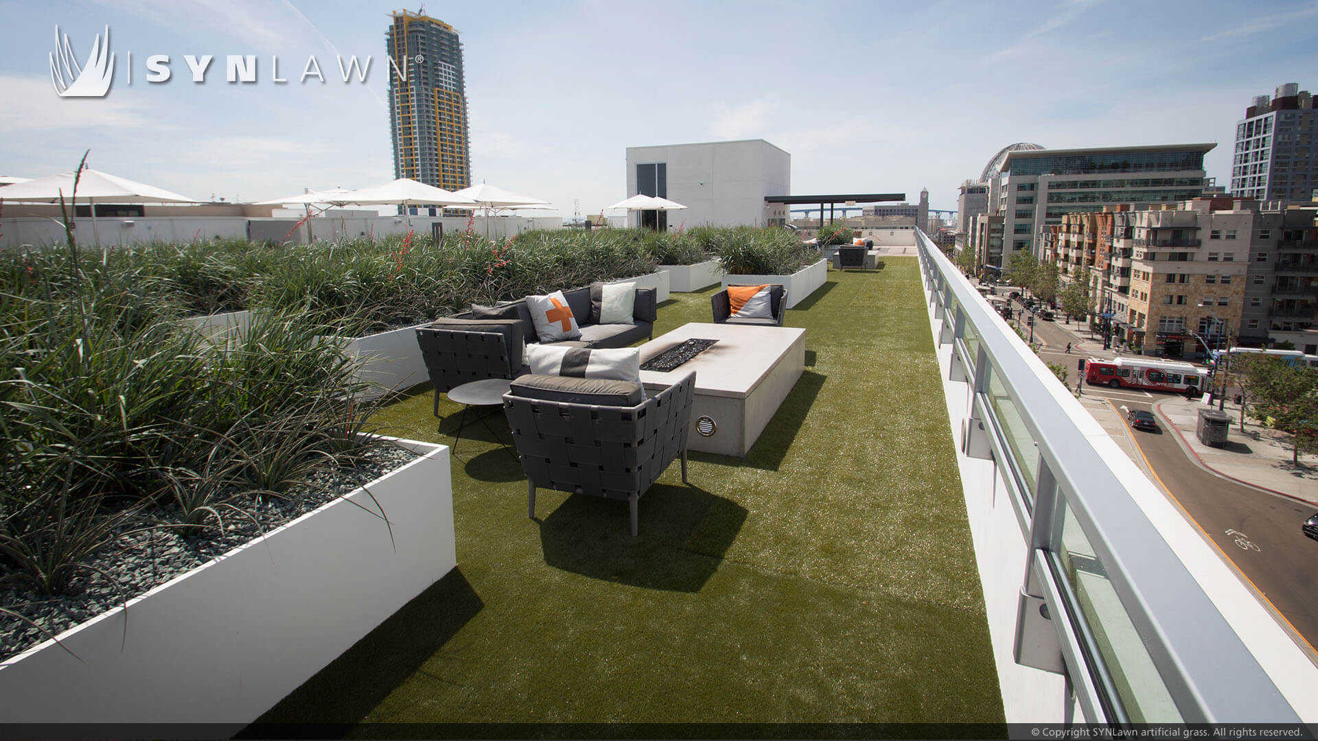 Artificial Turf For Rooftops Decks Patios In St Louis Mo Synlawn